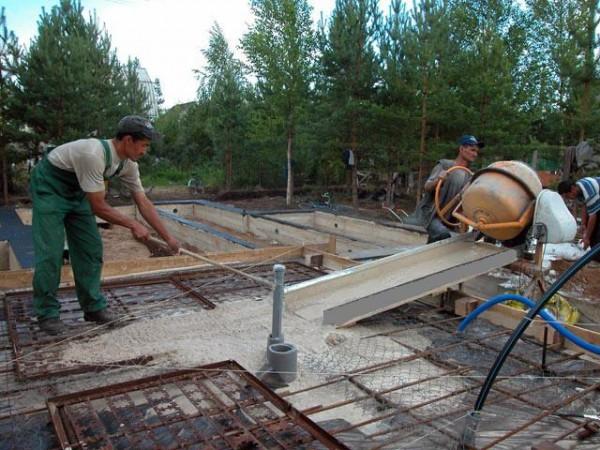 Как убрать бетон с металла своими руками 71